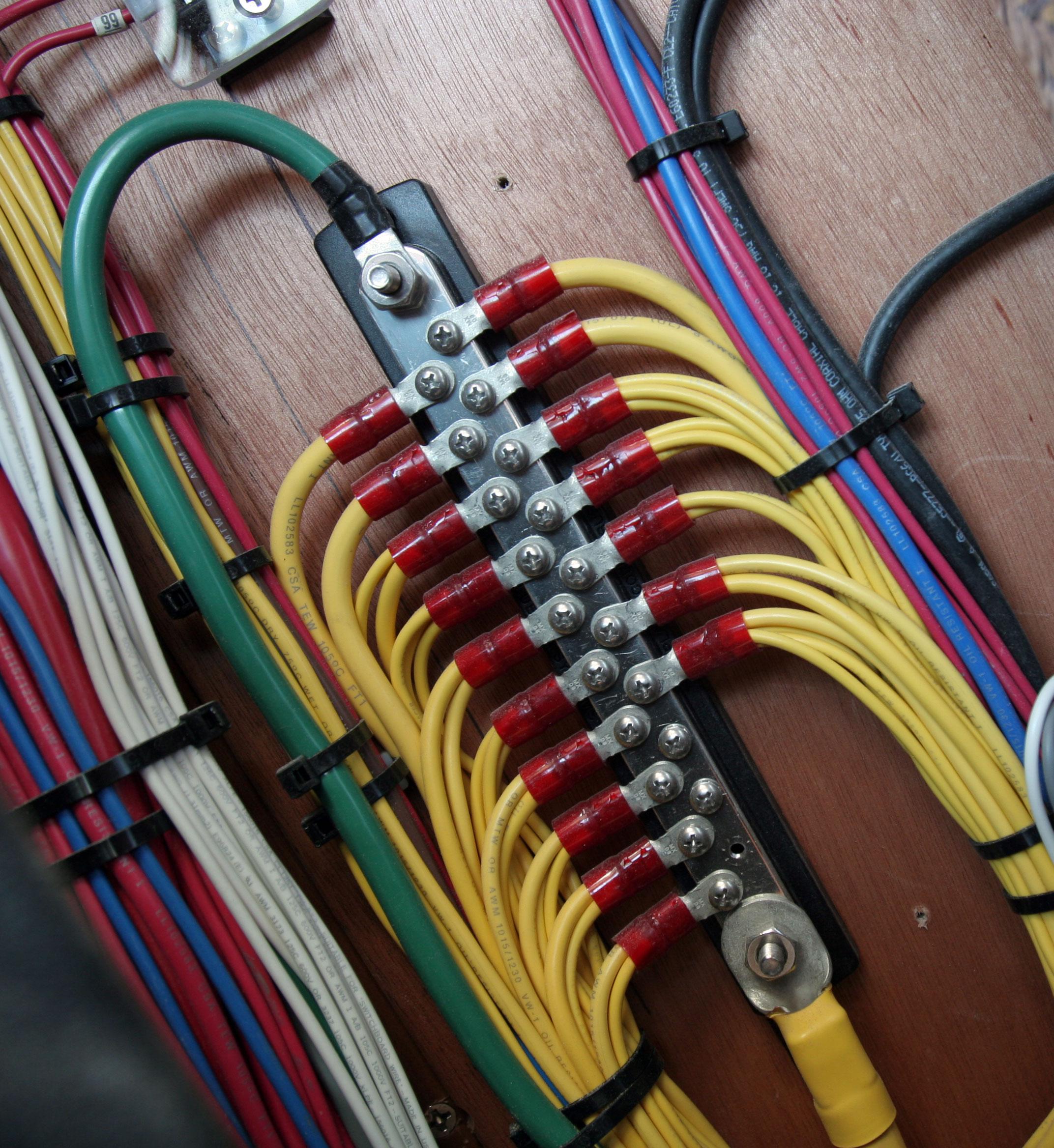 Fine Common 150A Busbar 20 Gang Blue Sea Systems Wiring 101 Israstreekradiomeanderfmnl