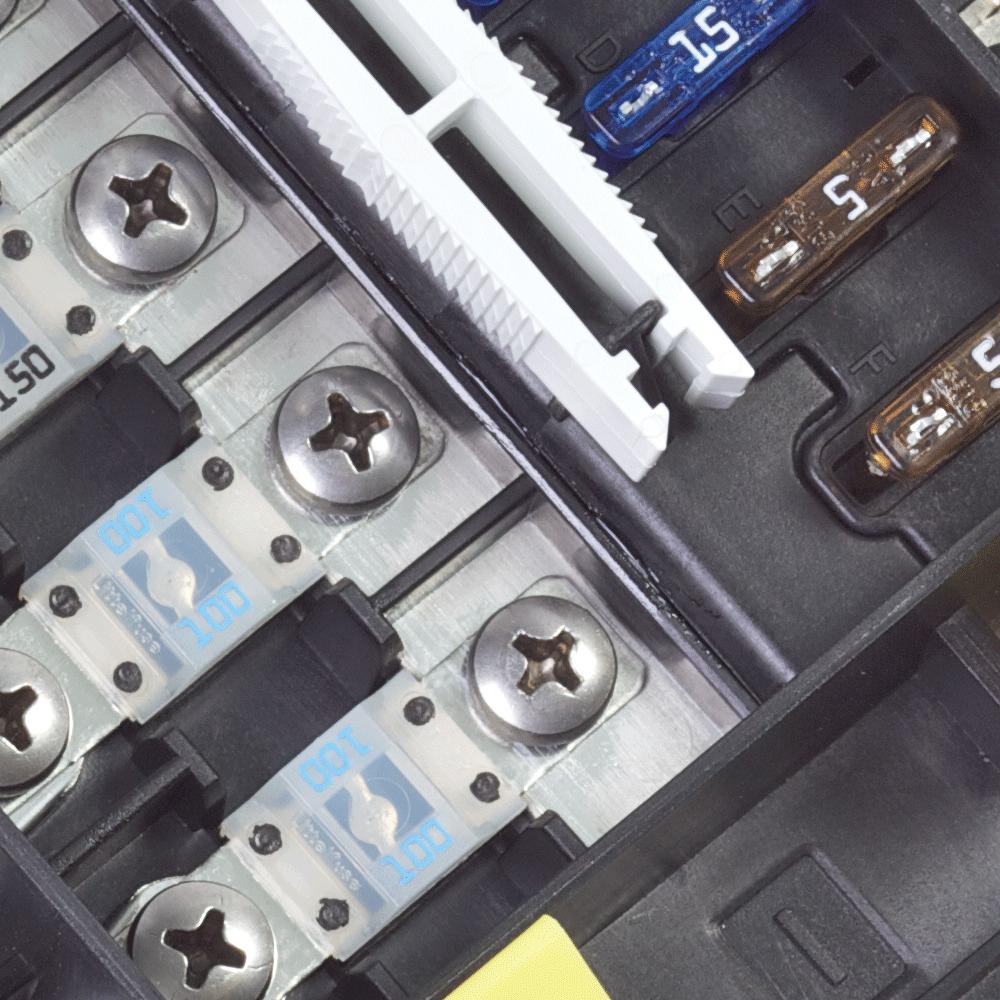 Safetyhub 150 Fuse Block Blue Sea Systems Amp Holder Box